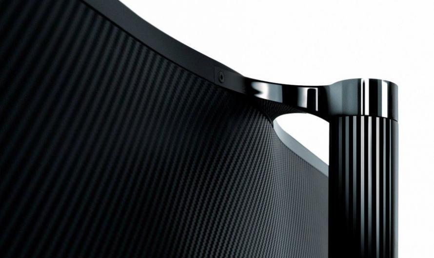 OnePlus TV mit geschwungener Rückseite